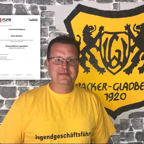 Erfolgreiche Weiterbildung unseres Jugendleiters Mario Gloddeck - Wacker Gladbeck