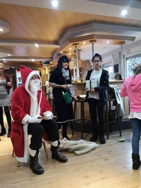 Weihnachtsfeier unserer Minis mit Besuch des Nikolaus 4